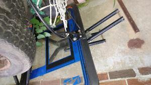 Panier de basketball avec poteau et base