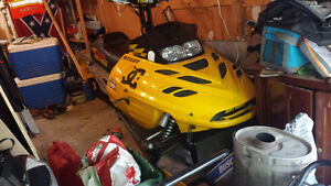 """2000 summit 700cc 151"""" track with 2""""lugs fresh top end"""