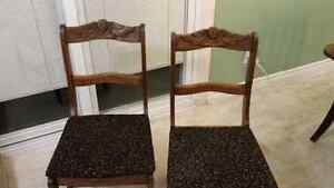 ANTIQUE DINING CHAIRS SET OF 4 Windsor Region Ontario image 3
