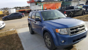 2009 Ford Escape XLT SUV Needs Work  PLEASE READ DETAILS