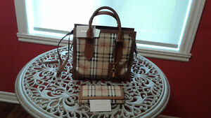 Sacs a main & portefeuilles Burberry  LV   Gucci   AUTHENTIQUE