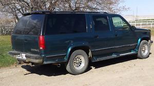 1995 Chevrolet suburban 4x4 good running condition