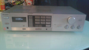 Vintage Sony Stereo Receiver VX-250.  Excellent.