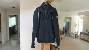 Abercrombie & Fitch Hoodie size XXL (fits like a LARGE) Like new
