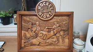 Excellent condition wood carving and pictures