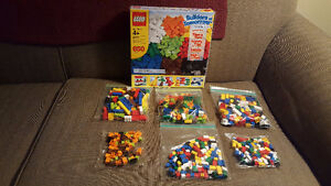 Lego - Builders of Tomorrow - 650 Pieces - 9 Colors - #6177