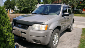 2001 Ford escape need gone today no storage