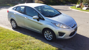 2012 Ford Fiesta SE - Includes Winter Tires
