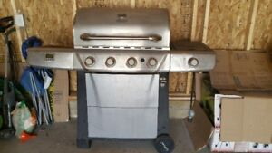 Bbq for sale! Good Working Condition!! $180