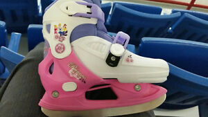 Girls skates adjustable size 13, 1, 2, 2.5 -$15