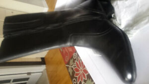 Ladies leather tall boot  size 10