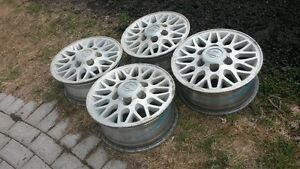 nice set of 4 15 in factory nissan rims