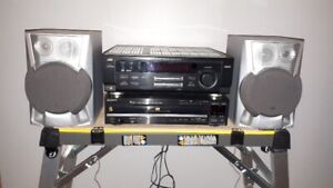 JVC/SONY Stereo With Speakers