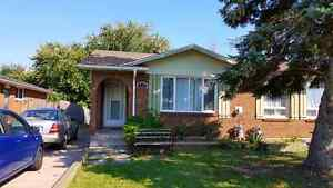 Student rental house income property for sale WELLAND