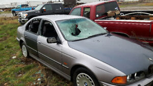 For sale BMW528I for parts