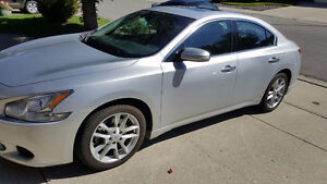 2010 Nissan Maxima SV Fully Loaded Leather Sun/Moon Roof
