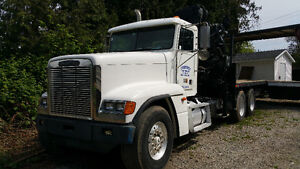 1998 Freightliner Tractor with 250 Hiab
