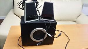 Computer speakers with sub woofer Gatineau Ottawa / Gatineau Area image 1