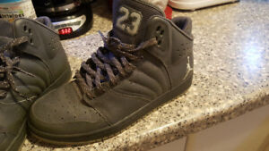 Men's Jordan's worn 4x practically brand new
