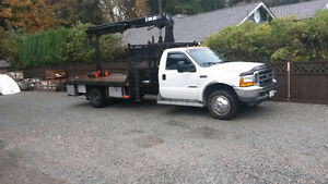 550 xlt ford flatdeck  with 085 hiab crane