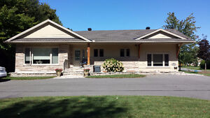 Bungalow for rent in Russell - 88 Craig St.