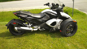 can am spyder or trade