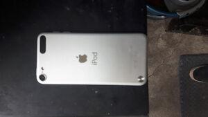 iPod Touch 5 gen 16go silver