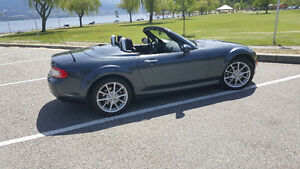 2009 Mazda MX-5 Miata GS Convertible
