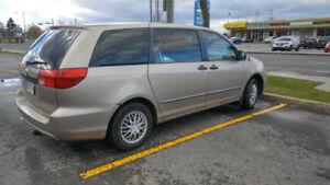 2004 Toyota Sienna Familiale