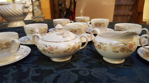 Johnson Brothers Tea Cup Set