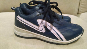 NEW SPORT SHOES SIZE 10 TODDLER BOY