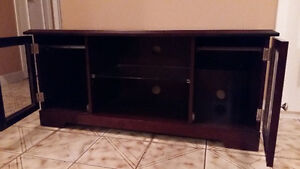 TV stand/entertainment unit