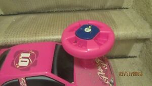 Barbie Pink Riding Car for Toddler---Sounds and Lights Kingston Kingston Area image 3