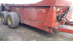 Used 2003 New Holland manure spreader