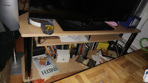 GUC tv stand
