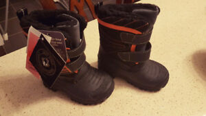 Toddler Boots- Size 7