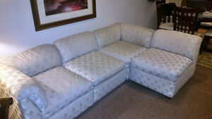 High Quality Jordans Dansen Sectional,1 Leather couch, 2 Chairs