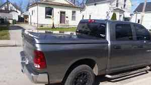 Dodge ram tonneau cover from 09 to 14 London Ontario image 6