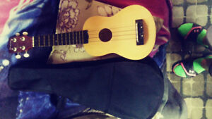 Ukulele including case