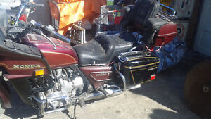 WANT THEM SOLD!!! DO NOT RIDE 2 GOLD WINGS + EXTRA PARTS Belleville Belleville Area image 3