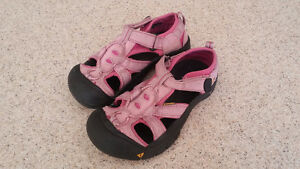 Keen sandals child size 13 London Ontario image 1