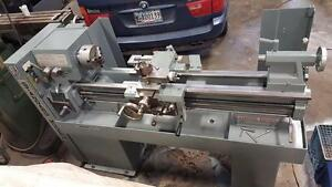 Standard Modern 13x40 manual lathe