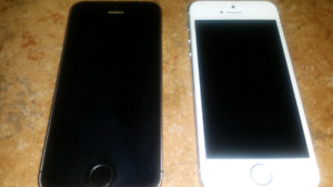 2X Iphone 5s et SE 16 gig