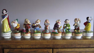 Snow White and The 7 Dwarfs music boxes