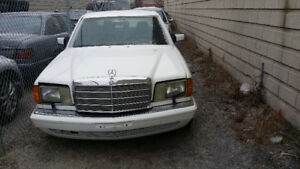 1988 Mercedes W126 300SEL Runs Good  As is or use as Parts Car