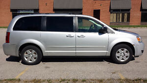 2008 Dodge Grand Caravan STOW N GO, NO ACCIDENTS, SAFETY, E-TEST London Ontario image 3