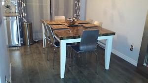 Table cuisine en marbre et bois véritable
