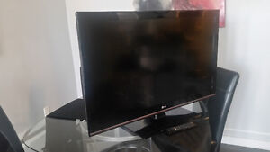 "42"" LG Full HD 1080P LCD TV"
