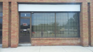 COMMERCIAL/LIGHT INDUSTRIAL UNIT FOR LEASE IN OSHAWA