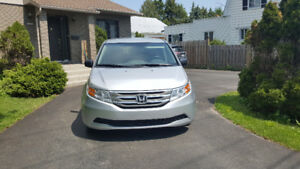 HONDA ODYSSEY 2013 EXCELLENT CONDITION ONLY 16900$